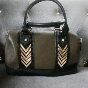 ❤️ Call it Spring satchel